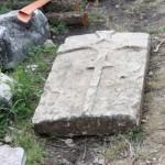 Dalle funéraire découverte en 2012
