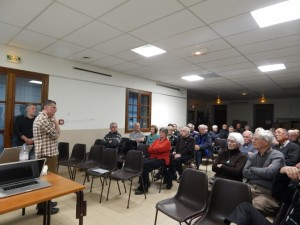 J.F Blanc a répondu aux nombreuses questions de l'auditoire.